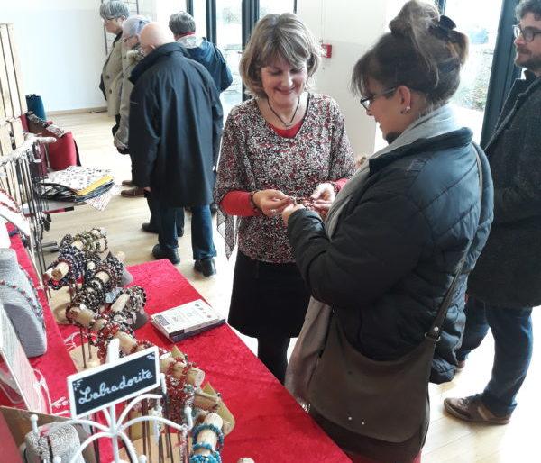 Salon des savoir-faire et artisanat St Cast le Guildo 2019 bijoux pierres naturelles