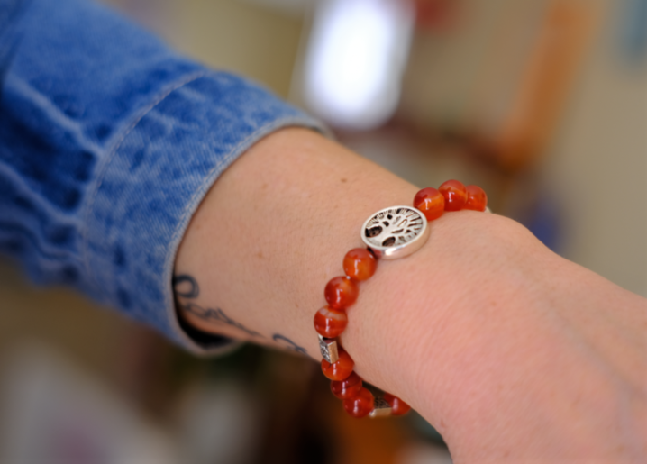bracelet cornaline arbre de vie courage confiance créativité
